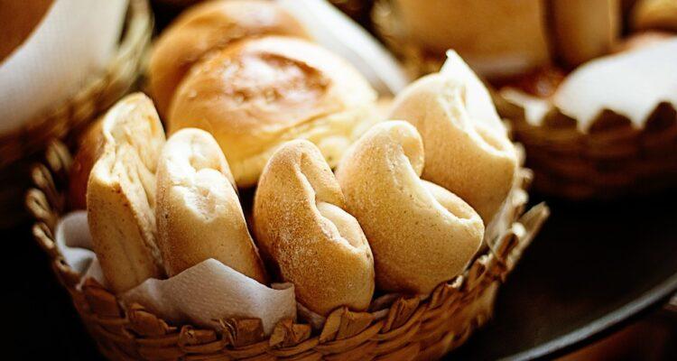 Chleb – czy jest naszym wrogiem w kuchni?