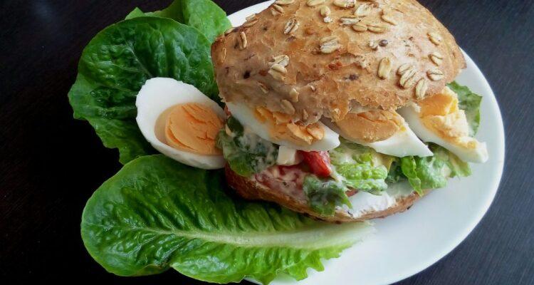 Wege burger z sałatą rzymską!