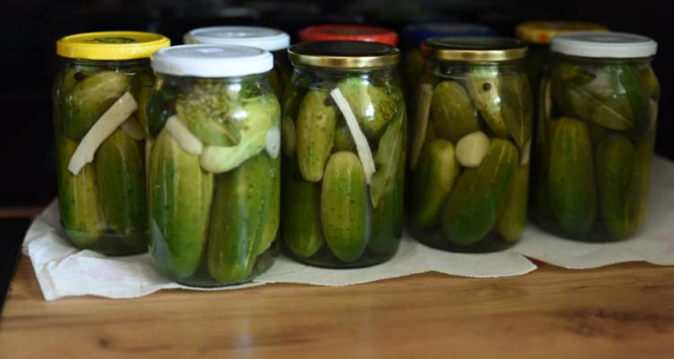 5 letnich warzyw i owoców, z których przetwory zatrzymają ich smak