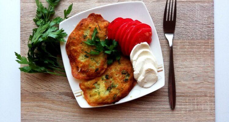 Placki ziemniaczane z cukinią – szybki obiad!